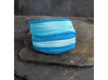 Lien en soie Lady Blue