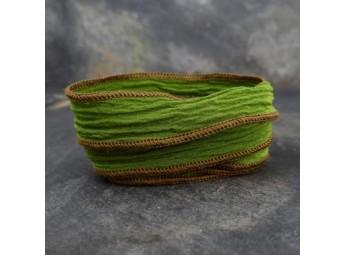 Lien en soie Olive Green