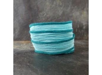 Lien en soie Light Turquoise