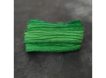 Lien en soie Green Shiny Border Green